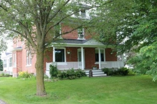 mls# 22100650 - 8483 county road z - custer, wi - pic 1