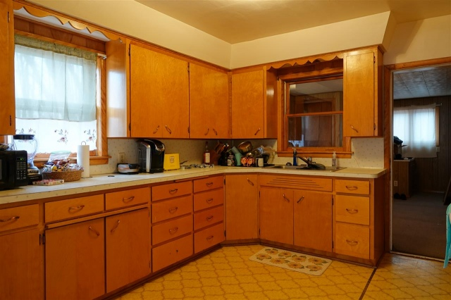 mls# 22101094 - 258 s 2nd street - dorchester, wi - pic 4