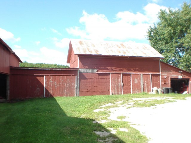 mls# 1564366 - 2103  county rd bb - mishicot, wi - pic 3