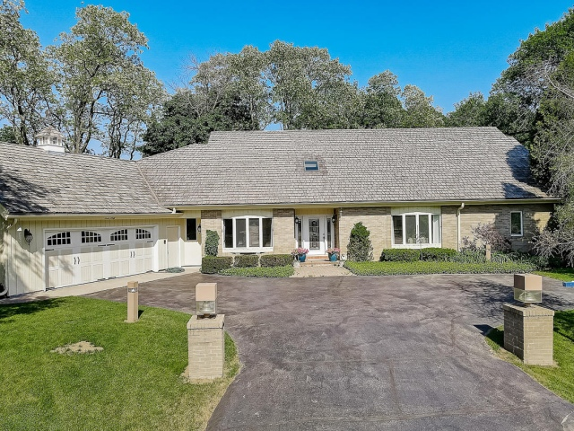 mls# 1617917 - 1260 e donges ct - bayside, wi - pic 7