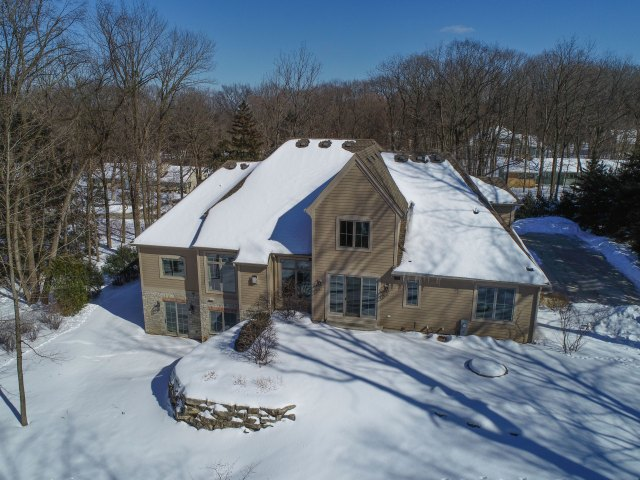 mls# 1624549 - 1735  wedgewood dr e - elm grove, wi - pic 28