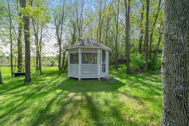 mls# 1641658 - 13925  heyroth ct - mishicot, wi - pic 19