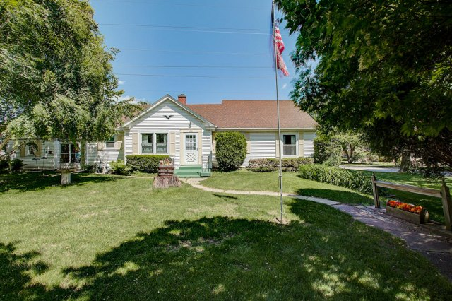 mls# 1641749 - 1306 n 120th st - wauwatosa, wi - pic 24