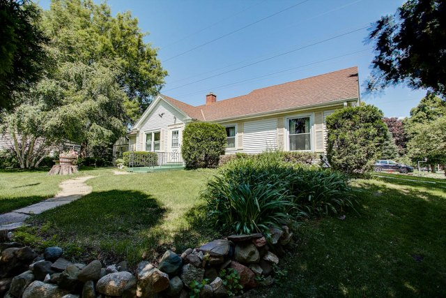 mls# 1641749 - 1306 n 120th st - wauwatosa, wi - pic 25
