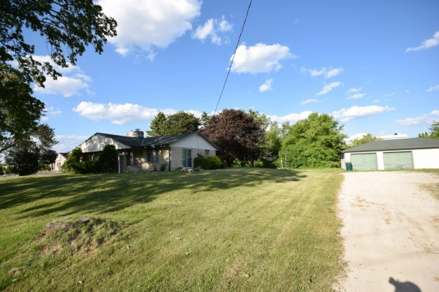 mls# 1641974 - 188 s foster st - saukville, wi - pic 10