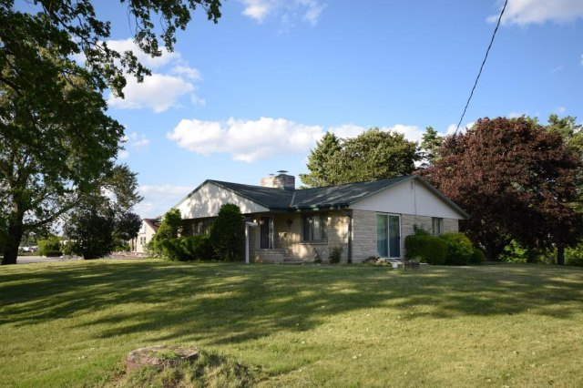 mls# 1641974 - 188 s foster st - saukville, wi - pic 11