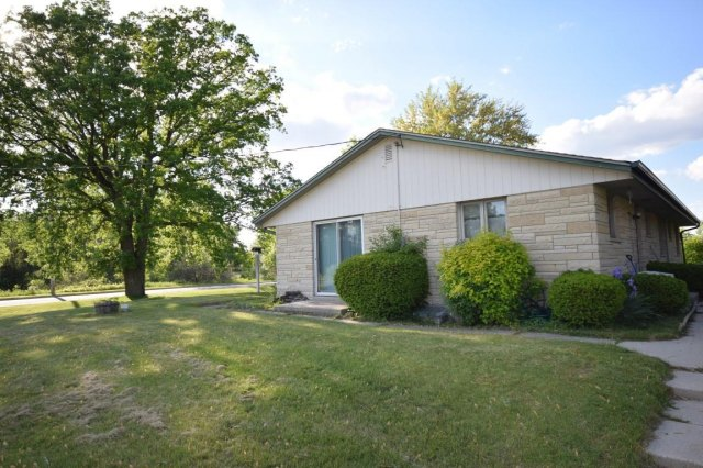 mls# 1641974 - 188 s foster st - saukville, wi - pic 19