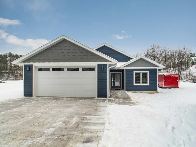 mls# 1644780 - 20153  hammer ave - galesville, wi - pic 1