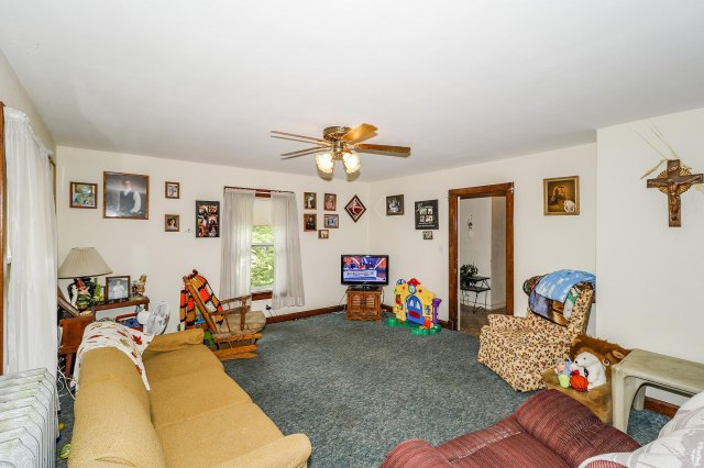 mls# 1646214 - 525 n hubbard st - horicon, wi - pic 21