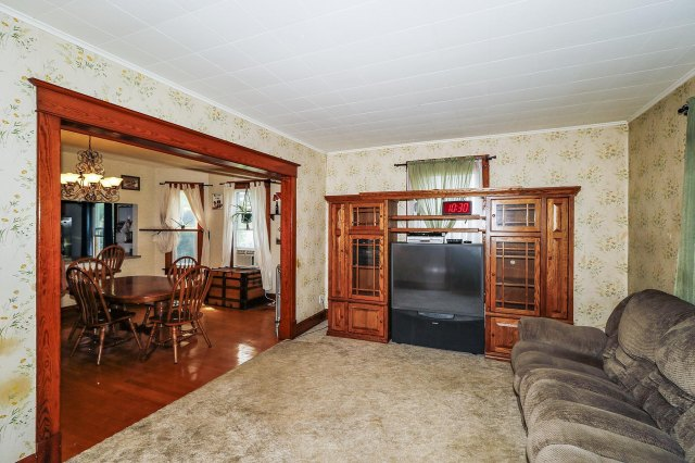 mls# 1646214 - 525 n hubbard st - horicon, wi - pic 5