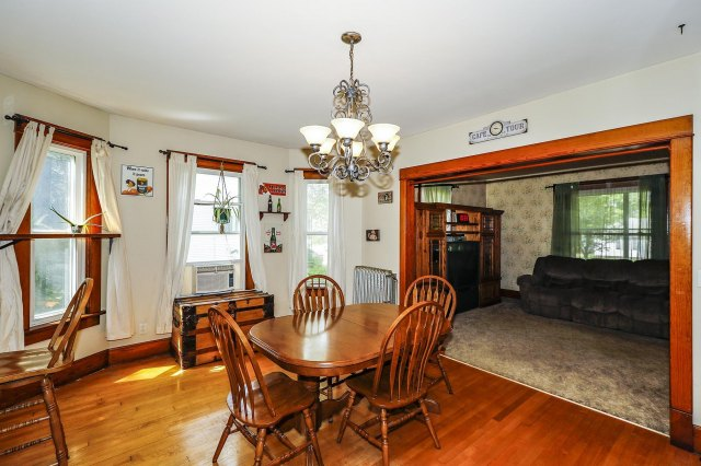 mls# 1646214 - 525 n hubbard st - horicon, wi - pic 9