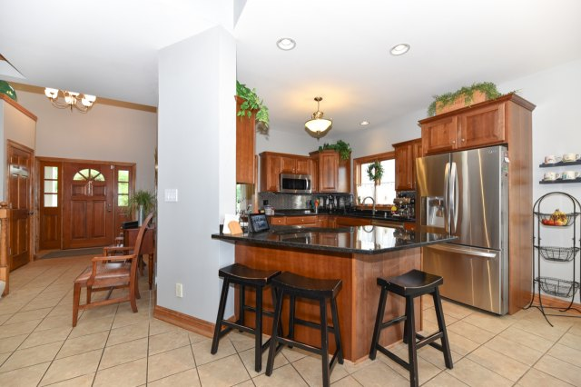 mls# 1654342 - 1773  valley dr - grafton, wi - pic 11