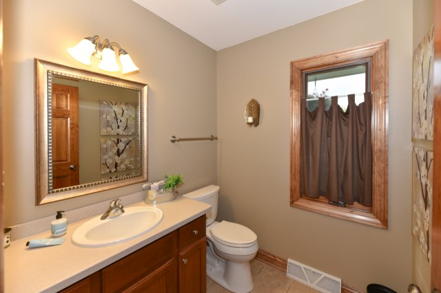 mls# 1654342 - 1773  valley dr - grafton, wi - pic 28