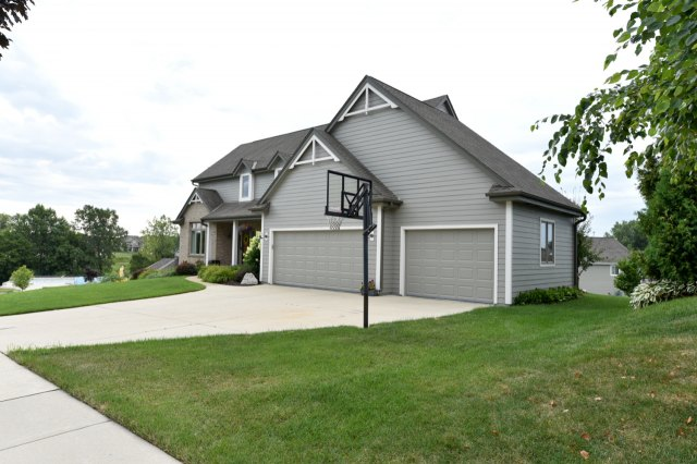 mls# 1654342 - 1773  valley dr - grafton, wi - pic 34