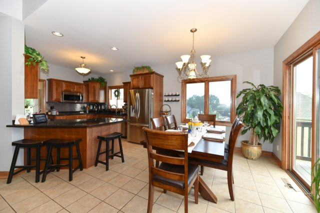 mls# 1654342 - 1773  valley dr - grafton, wi - pic 9