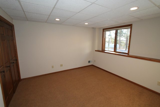 mls# 1662255 - 111 n maple ln - rochester, wi - pic 26