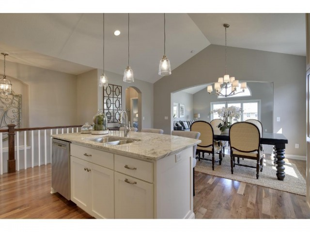 mls# 4886161 - 18371 justice way - lakeville, mn - pic 6