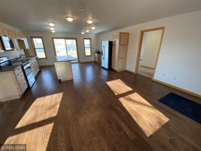 mls# 5486096 - 27008 channel point drive - hillman, mn - pic 6