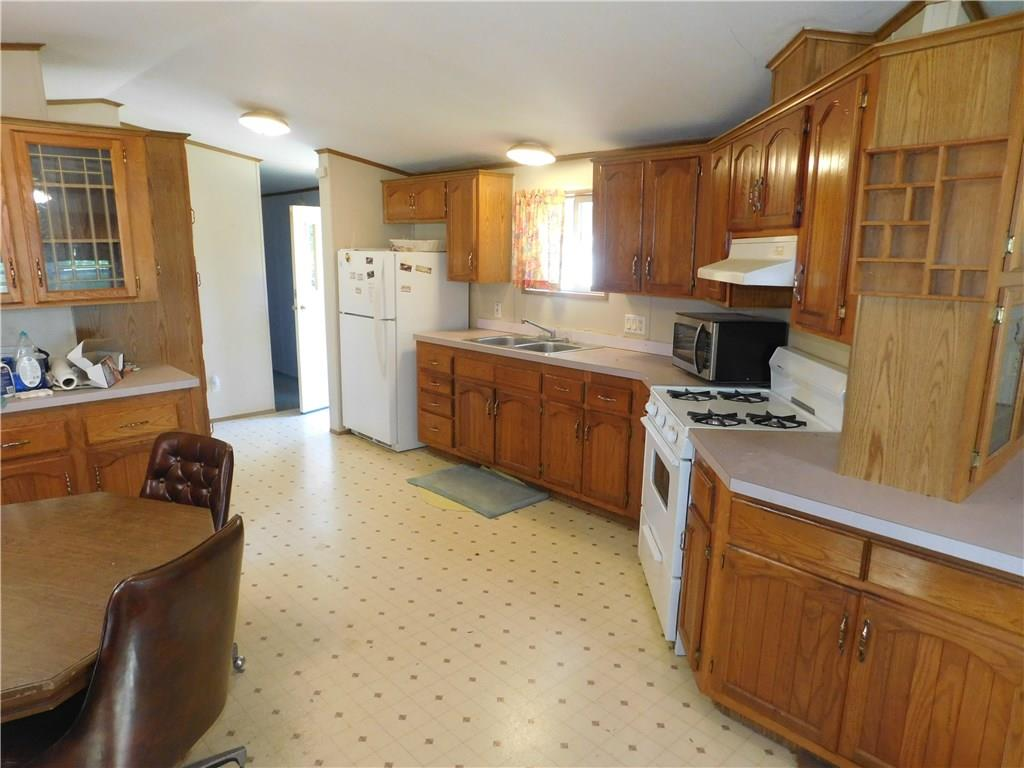 mls# 1533542 - 214 evergreen dr - wheeler, wi - pic 4
