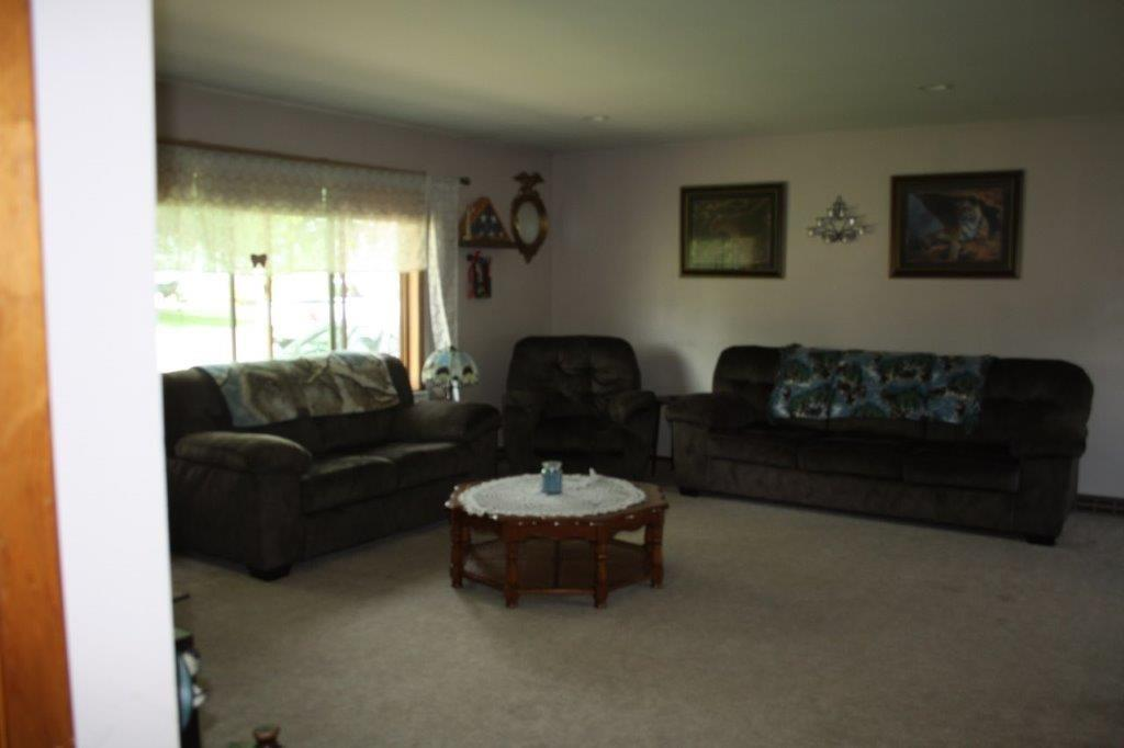 mls# 1543412 - 12925 7th st - osseo, wi - pic 2