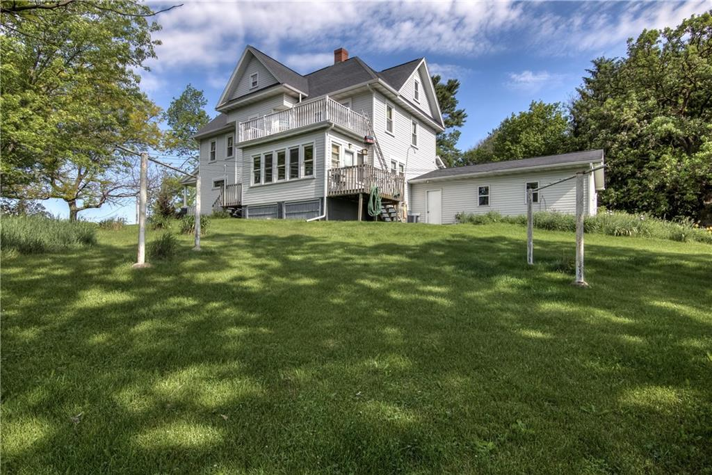mls# 1551807 - n40696 christopherson rd - osseo, wi - pic 2