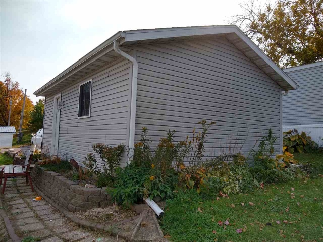 mls# 1899824 - 53 apple hill dr - blue mounds, wi - pic 16